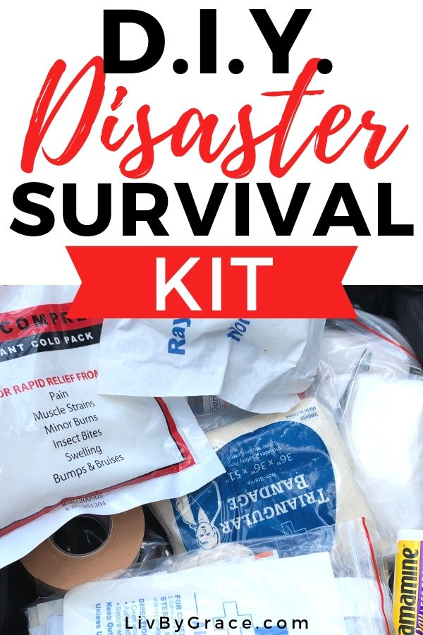 D.I.Y. Quick and Easy Disaster Survival Kit | survival kit | disaster kit | disaster preparedness | diy | quick | easy | #diy #quick #easy #survivalkit #disasterprep #emergency #flood #tornado #disaster #survival